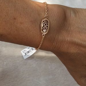 NWT lovely Kendra Scott Elaina Rose Gold Bracelet